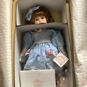 World Gallery collectible QnEsther porcelain doll